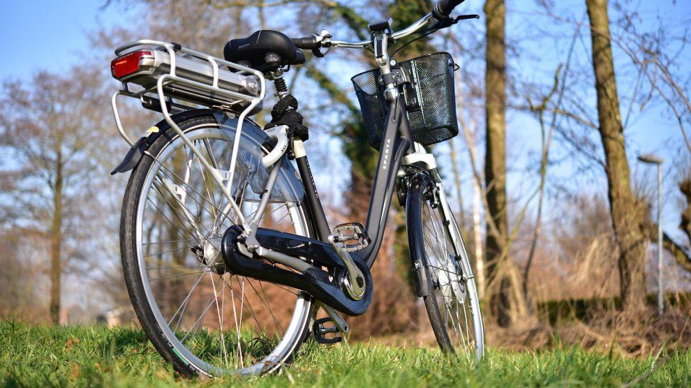 Die Verkehrswacht Bramsche, Wallenhorst und Umgebung e.V. beabsichtig zusammen mit der Polizeistation Wallenhorst und dem Seniorenbeirat Pedeleckurse für Senioren anzubieten. Symbolfoto:sipa / Pixabay