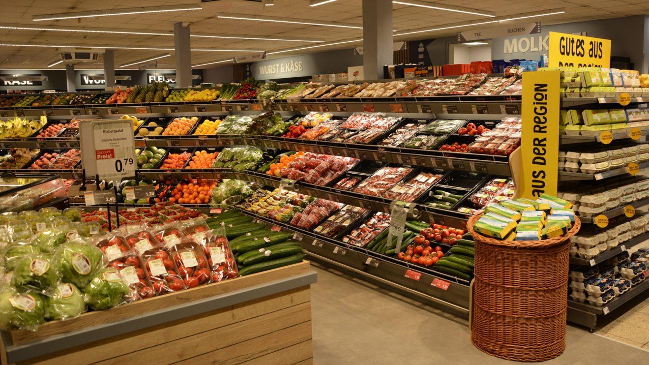 Jetzt können sich Kunden vom umfangreichen Obst- und Gemüseangebot begeistern lassen. Foto: Bünting Unternehmensgruppe