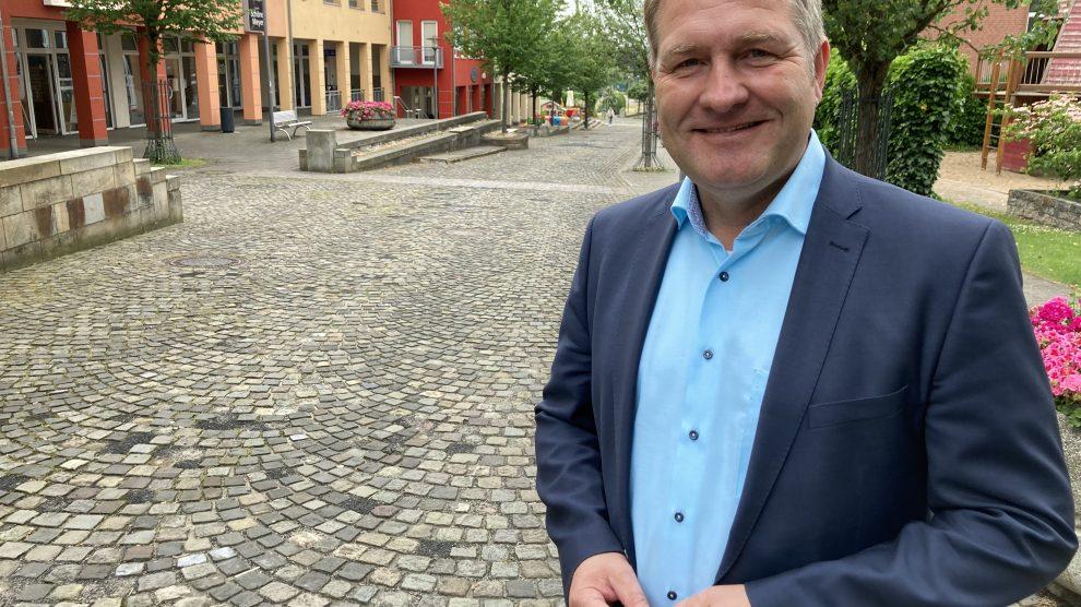 Der Landtagsabgeordnete Guido Pott freut sich über die bewilligten Landesmittel für das Wallenhorster Zentrum. Foto: Hendrik Chmiel (Büro Guido Pott)