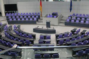 Die Wahl zum neuen Bundestag steht an. Symbolfoto: clareich / pixabay